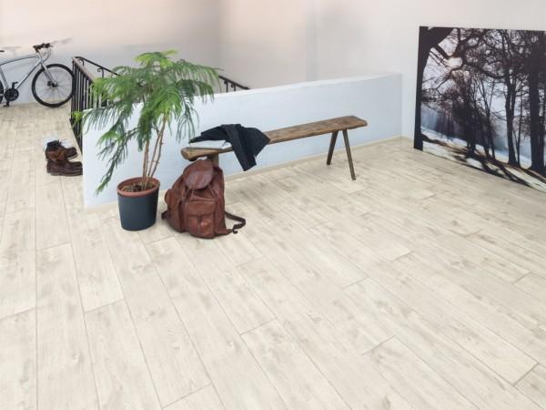 Fußboden Um 2 Cm Erhöhen ~ Laminat home vinstra eiche weiss ehl092 landhausdiele laminat
